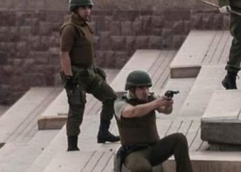 """""""Súper lunes"""" en Chile termina con varios heridos por represión"""