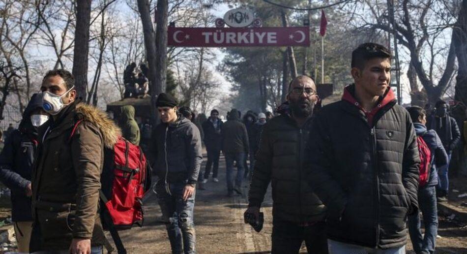 Turquía empuja a 76.000 refugiados a la UE como medida de presión en la guerra de Siria