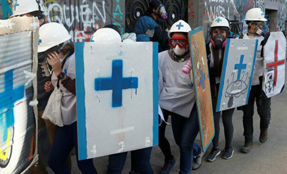 «Rescatistas de la Dignidad»: Documental sobre los jóvenes sanitaristas de la Revuelta chilena