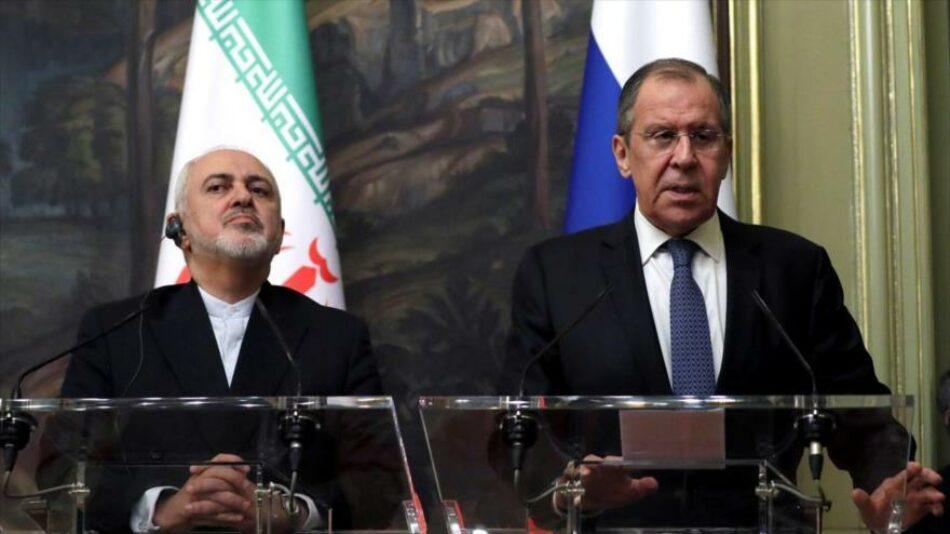 """Irán y Rusia rechazan """"delirante"""" plan de EEUU para pacto nuclear"""