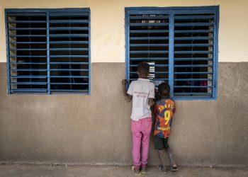 Burkina Faso: La inseguridad obliga a miles de refugiados malienses a abandonar un campamento