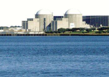 «Rotundo desacuerdo con la recarga que se pretende realizar el 14 de Abril en la Central Nuclear de Almaraz»