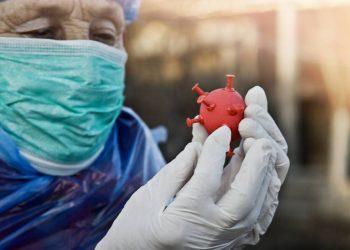 El enigma del coronavirus: por qué unos lo sufren tanto y otros tan poco