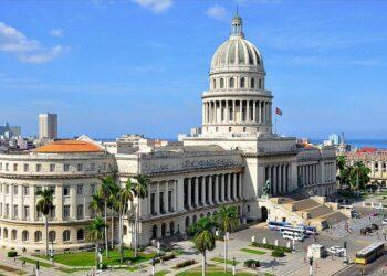Cerca de 60 colectivos exigen la suspensión de sanciones y bloqueos contra países como Venezuela, Cuba, Irán y Palestina