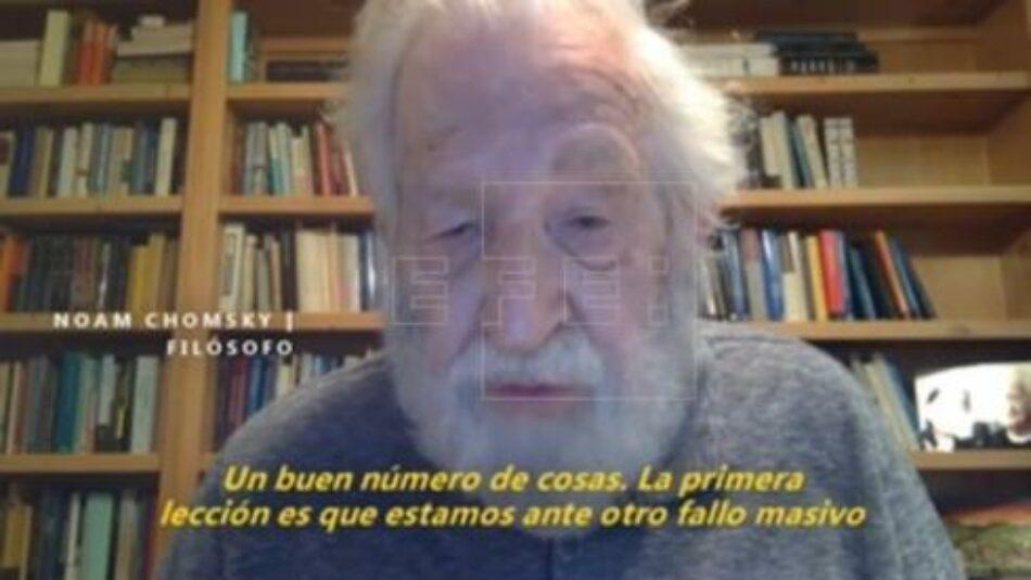 Chomsky: «Estamos ante otro fallo masivo y colosal del capitalismo neoliberal»