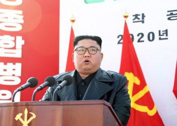Fuentes rusas califican de «muy exagerados» los rumores sobre la muerte de Kim Jong-un