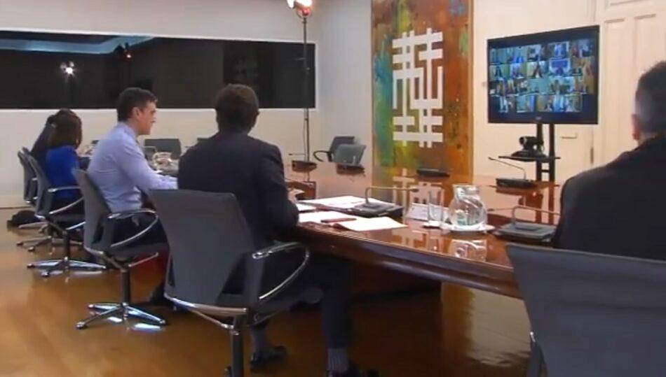 Díaz Ayuso deja plantados a los gobiernos autonómicos y el ejecutivo central durante más de 2 horas para hacerse fotos de propaganda con un avión