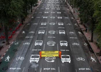 Greenpeace demanda a los ayuntamientos que habiliten más espacio en las calles para peatones, ciclistas y autobuses frente al COVID19