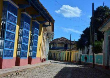 Euskadi-Cuba solicita apoyo de instituciones vascas y europeas para fin de sanciones a Cuba