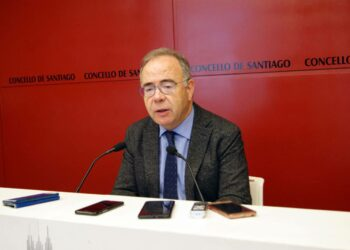 Denuncian a inoperancia do alcalde de Santiago, Xosé Sánchez Bugallo, fronte ao impacto do coronavirus nas residencias