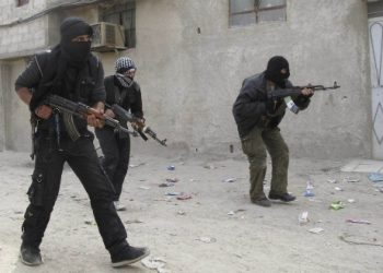 Turquía envía siete mil 850 hombres armados desde Siria a Libia