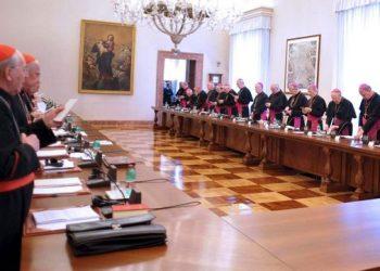 El PCE y las Juventudes Comunistas en Castilla y León reclaman el cobro de impuestos a propiedades de la iglesia no destinadas a práctica religiosa