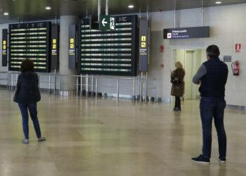 El Ministerio del Interior establece restricciones en las fronteras interiores en puertos y aeropuertos