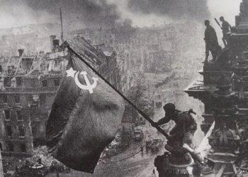 En homenaje a la gran Victoria del Pueblo Soviético