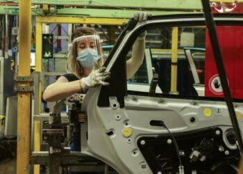 CGT Ford contraria a un ERE traumático en Almussafes