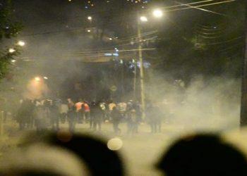 Denuncian represión contra manifestantes en Cochabamba, Bolivia
