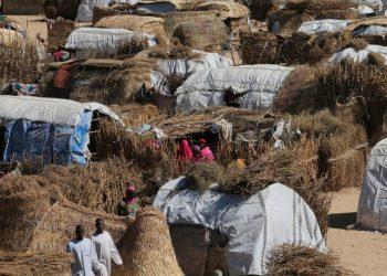 Un incendio en un campamento en el este de Nigeria deja dos muertos y a miles de personas sin hogar