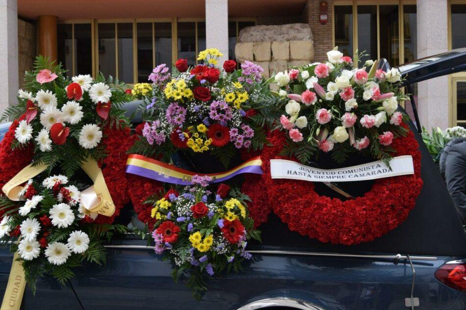 Córdoba despidió a su más querido alcalde, Julio Anguita, con una ovación de 22 minutos