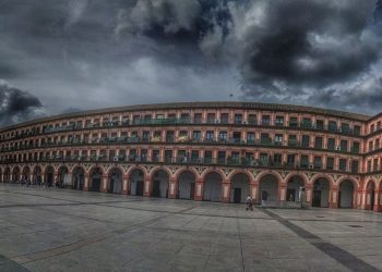 Cerca de 15 mil personas han firmado ya una petición para cambiar el nombre a la Corredera por «Plaza Julio Anguita»