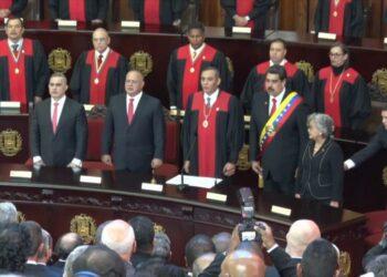 Maduro, dispuesto a someter su cargo a un referéndum en 2022