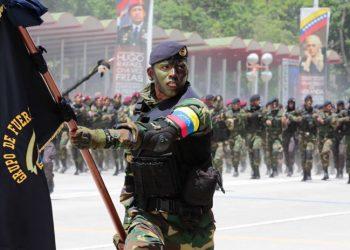 Se calienta la frontera: así va la guerra de Venezuela contra paramilitares de Colombia