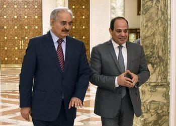 El presidente de Egipto, Al-Sisi, anuncia una iniciativa para acabar con el conflicto libio