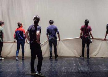 La tristura vuelve a Teatros del Canal analizando la construcción de la Democracia, en 'Renacimiento'