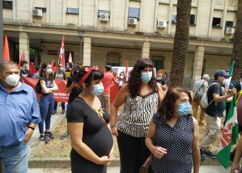 Teresa Rodríguez reclama al Ministerio que frene los despidos en la planta de Alestis en Sevilla o exija la devolución de las ayudas públicas concedidas