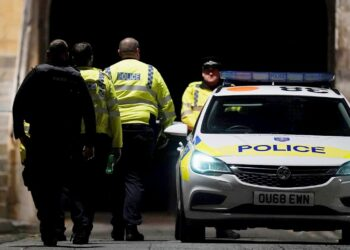 Las autoridades británicas identifican como terrorismo un asesinato múltiple con arma blanca en Reading
