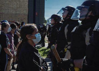 Una rebelión de clase: Keeanga-Yamahtta Taylor explica cómo el racismo y el terrorismo racial alimentaron la ira a nivel nacional