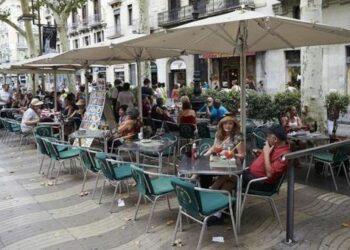 FACUA pide más controles en bares y restaurantes para evitar incumplimientos de las medidas de seguridad