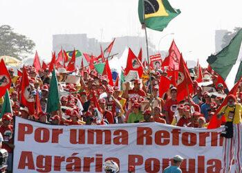 ALBA Movimientos apoya «plan de emergencia» del MST