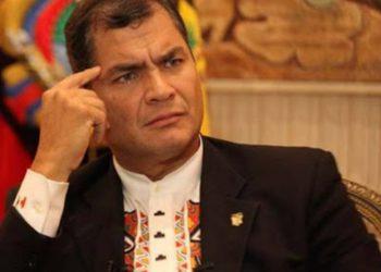 Crecen las protestas ante una posible exclusión de Correa de las elecciones