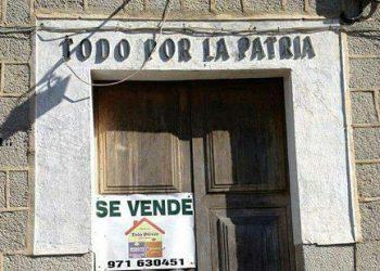 Solicitan el cambio del lema «todo por la patria» de los cuarteles de la Guardia Civil «impuesto por los golpistas de 1936 para justificar sus crímenes»