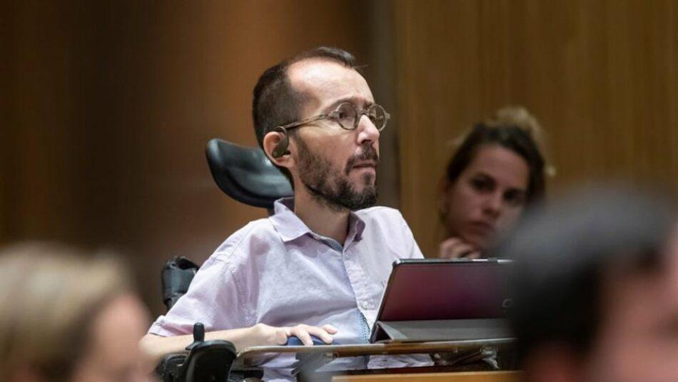 Echenique: «¿Quien tiene más poder, el director de un informativo o un diputado de un parlamento?»