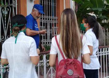 Oficina de Población de Naciones Unidas elogia labor de jóvenes cubanos en el combate a la pandemia