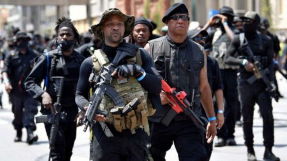 Reapareció la milicia negra armada en Louisville: exigen justicia para Breonna Taylor, asesinada por la policía