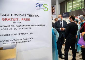 Francia y Alemania aplicarán test de Covid-19 en aeropuertos
