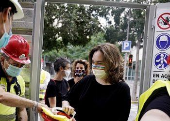 Según el último barómetro, los comuns de Ada Colau ganarían las elecciones en Barcelona