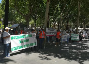 Adelante Sevilla exige soluciones para los feriantes