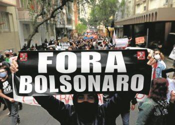 Numerosas personalidades presentan en el Congreso pedido de juicio político contra Bolsonaro