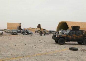 Al Wefaq libio: «aviones desconocidos» bombardean la base aérea de Al-Wataya