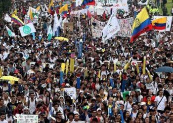 La izquierda colombiana lanza Manifiesto por la Democracia