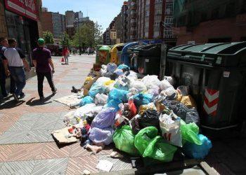 El PCE de León se opone a la subida de tasas de GERSUL y apuesta por un modelo público de gestión de residuos