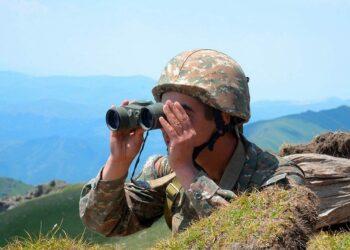 Armenia reporta unos 70 disparos en la frontera del lado de Azerbaiyán