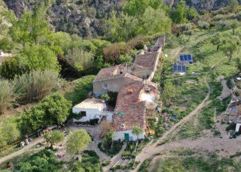 Repobladores de Barchel: «el único camino para cambiar la situación de la España vaciada será ilegal»