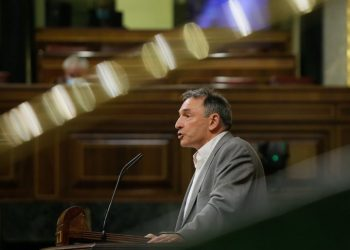 """Enrique Santiago valora lo alcanzado por el Gobierno en el acuerdo europeo para enfrentar la crisis por el Covid-19 """"a pesar de la actitud saboteadora y apátrida de la derecha española"""""""