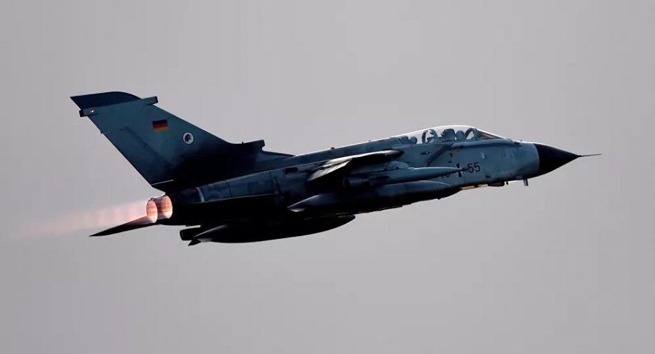 Un avión Tornado de la Fuerza Aérea de Alemania Compañías militares de Europa le dicen adiós a la tecnología estadounidense