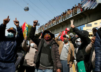 ALBA Movimientos: ¡Democracia ya! Basta de miseria, balas y corrupción en Bolivia