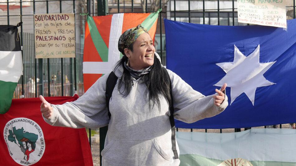 El Frente Cultural Che Adelita homenajeó a presos y presas que luchan por «tierra y libertad» /Solidarixs con los Mapuche en huelga de hambre y sed